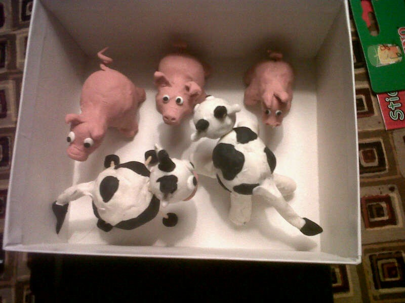 Manualidades Navidad Para Ninos #3: Vacas-y-cerdos-de-plastilina.jpg
