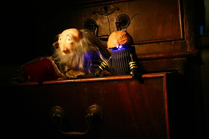 Leonardo Da Vinci con Pequetíteres en el Teatro El Castillo